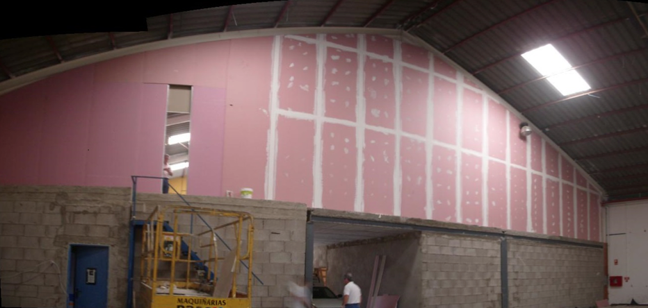 Sectorización y división EI-120 entre nave industrial – edificio representativo